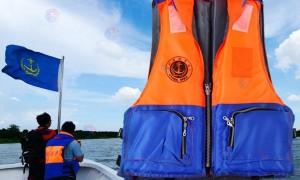 海事游泳救生衣
